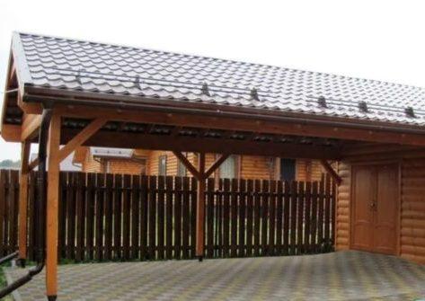 Двускатный навес для двора дома и парковки автомобиля