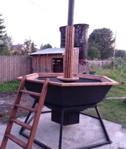 банный чан для купания с дровяной печкой