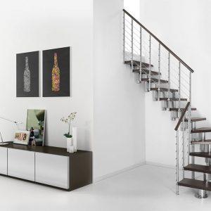 ЛМГО-5. Забежная лестница на 90 градусов с деревянными ступеньками