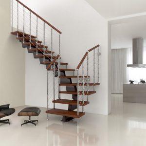 ЛМГО-90. Лофт лестница с деревянной отделкой на металлокаркасе