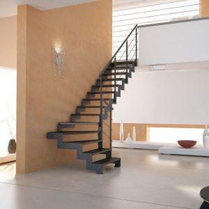 ЛМГО-105. Строгая металлическая лестница на второй этаж в частном доме