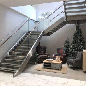 ЛМПО-35. Маршевая П-образная лестница в современном стиле