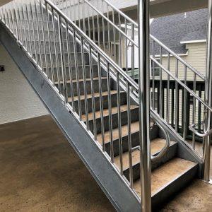 ЛМП-30. Прямая металлическая лестница
